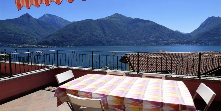 Terrace with amazing lake Como view - San Siro village