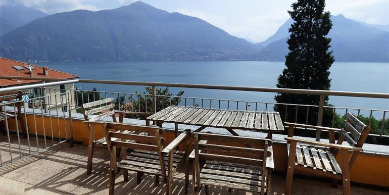 Terrace - San Siro apartments with swimming pool, terrace and lake view