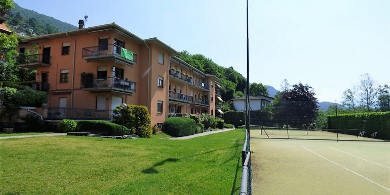 Apartment Carlazzo with Pool and terrace