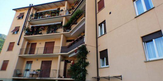 Apartment Menaggio with porch and balcony