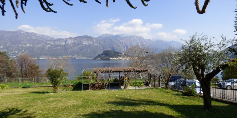 Griante Apartment with terrace and lake view