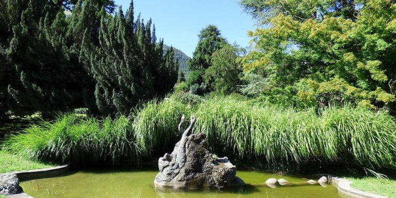 fountain in park - Tremezzina's villa