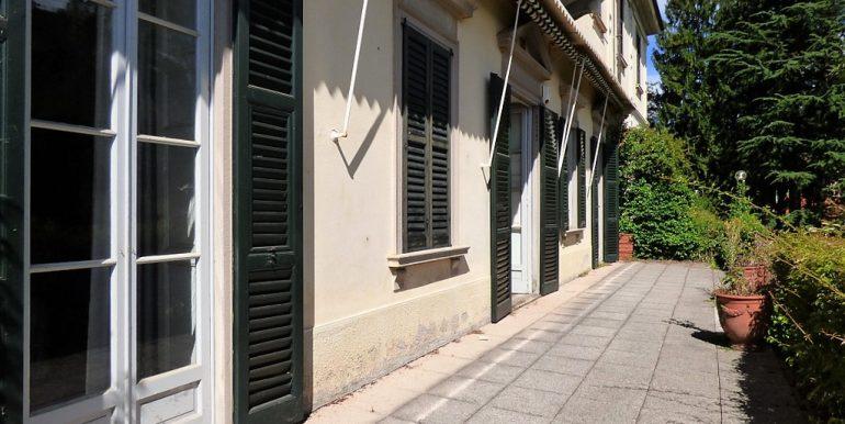 Tremezzo villa - open area