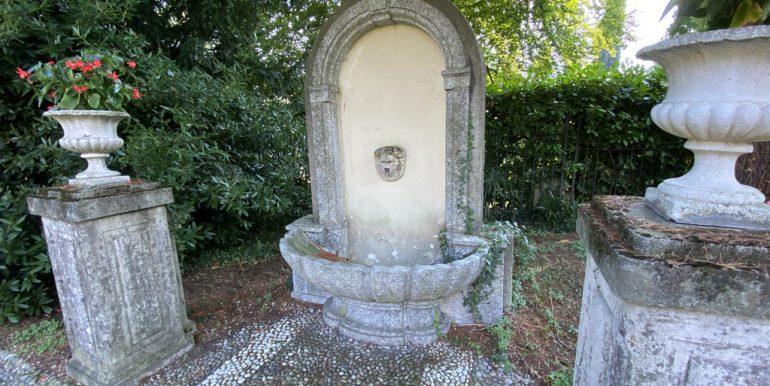 Lake Como Tremezzina apartment - Fountain