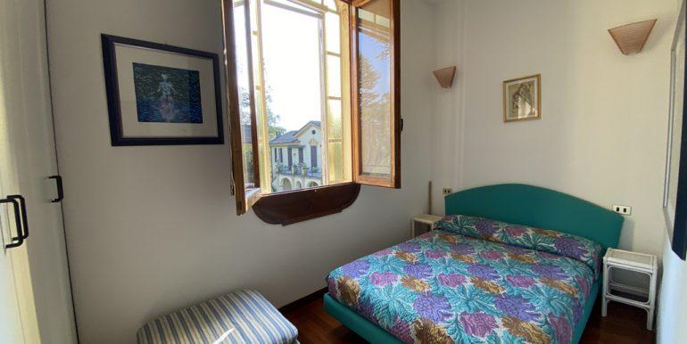 Lake Como - Tremezzo apartment - bedroom