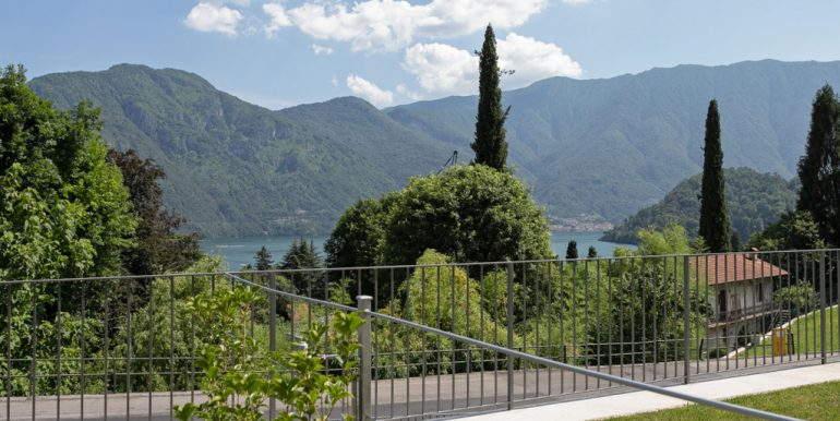 Tremezzina Apartments in Residence with swimming pool and lake view