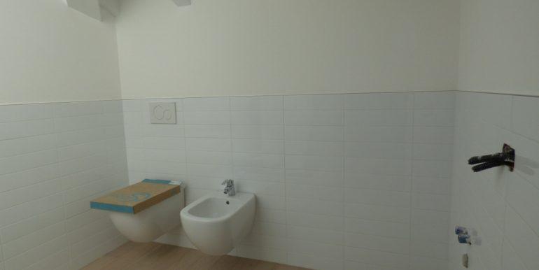Mezzegra Apartments - Bathroom