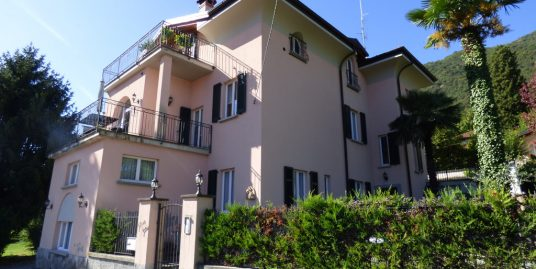 Apartment Tremezzina With Lake Como view with terrace