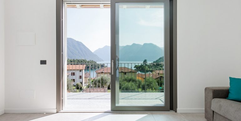 Ossuccio Apartment in Residence with swimming pool and lake view