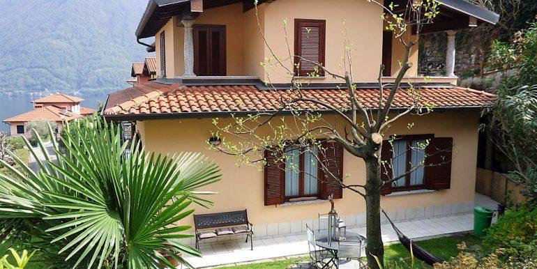 Lake Como Apartment- Argegno