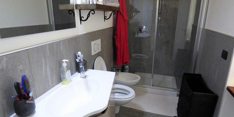Dizzasco Apartment - bathroom