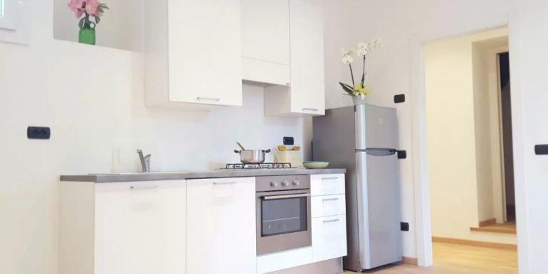 kitchen in lake como - Moltrsio