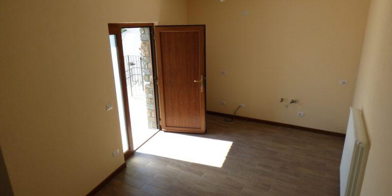 Entrance - Room
