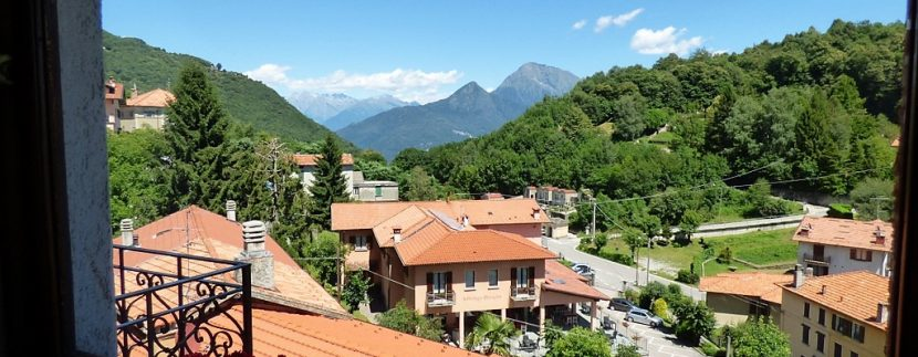 Plesio detached villa panoramic view from mountains