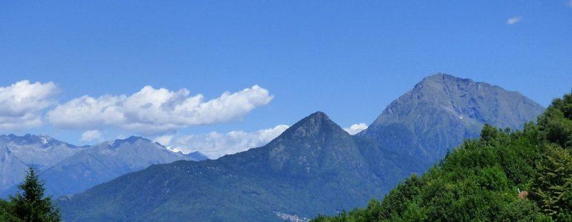 Mountain views - Lake Como