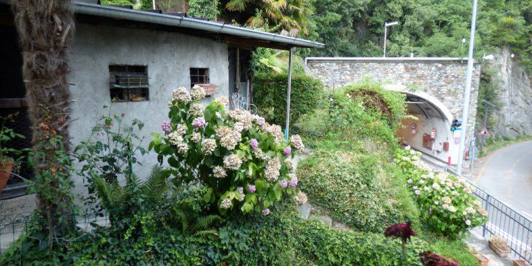 House Menaggio Lake como view and garden