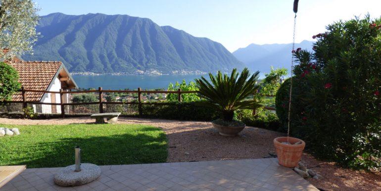 garden and lake view - Lenno villa