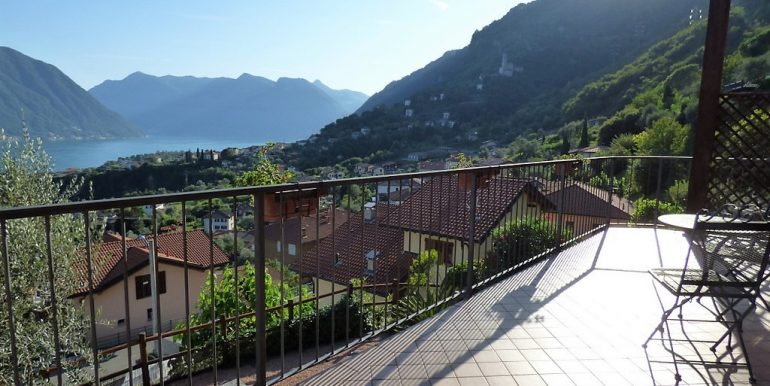 Lake Como Lenno Villa with lake view and balcony