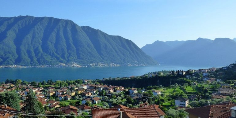Lake Como view in Lenno's Villa with terrace and garden