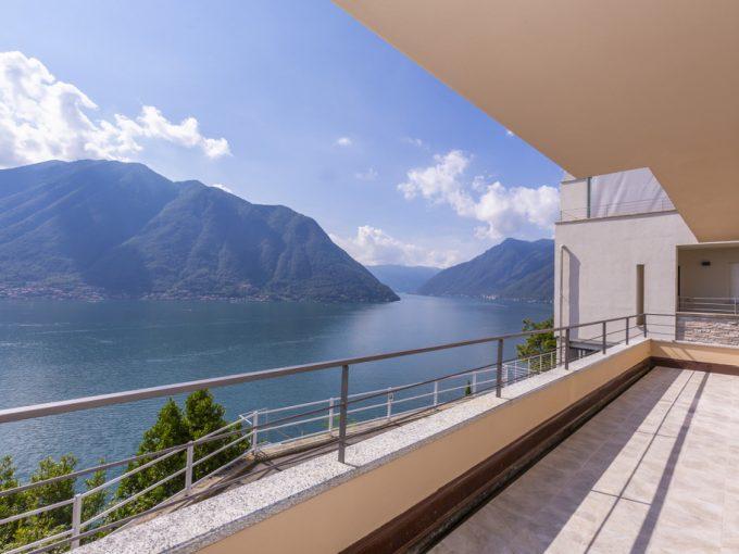 Modern Design Villa Colonno with Lake Como View