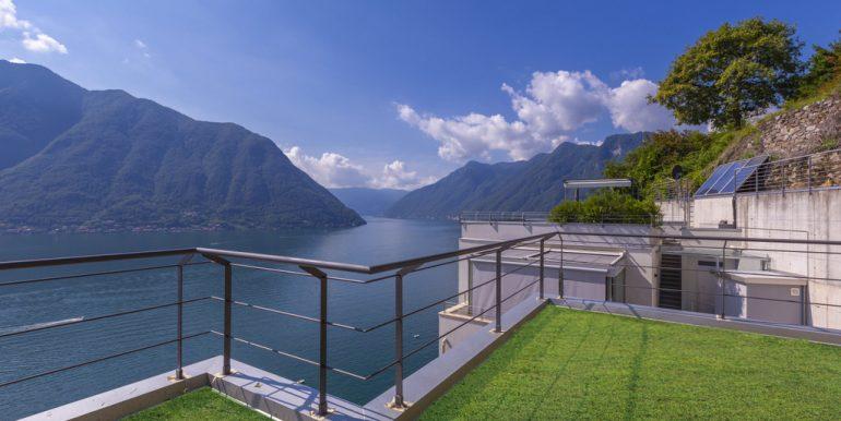 Modern Villa Colonno with Lake Como View