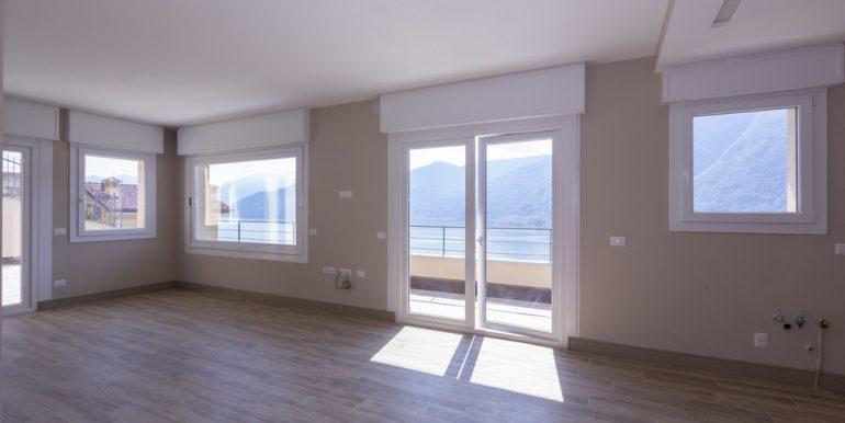Modern Design Villa with Lake Como View