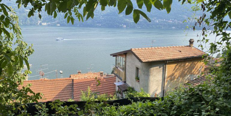 Lake Como view - land