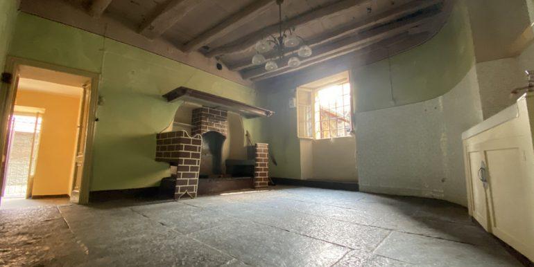 Lake Como - Living room and kitchen