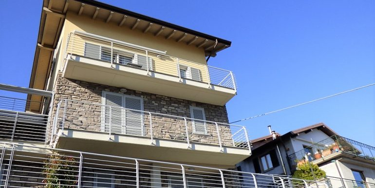 Apartment Pianello del Lario with Lake Como view -  residence