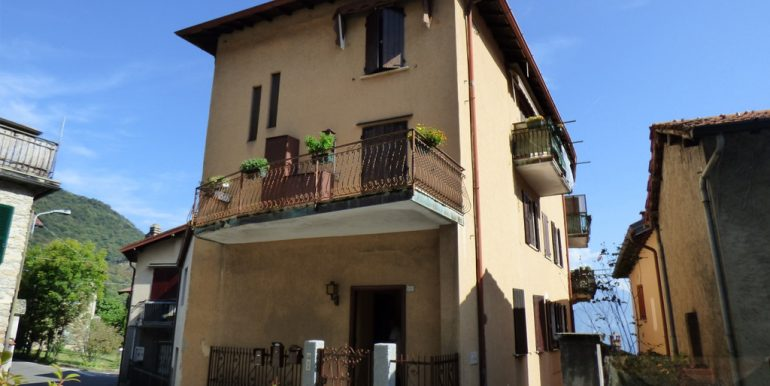 Apartments Plesio with Lake view