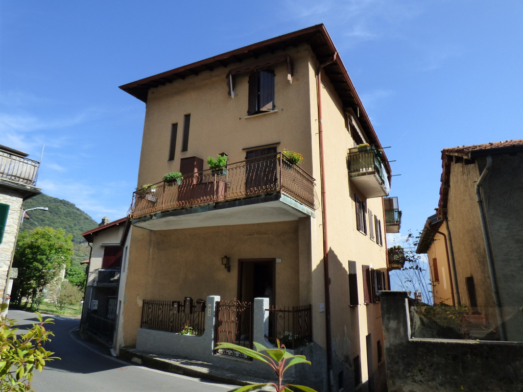 Apartments Plesio with Lake view and terrace