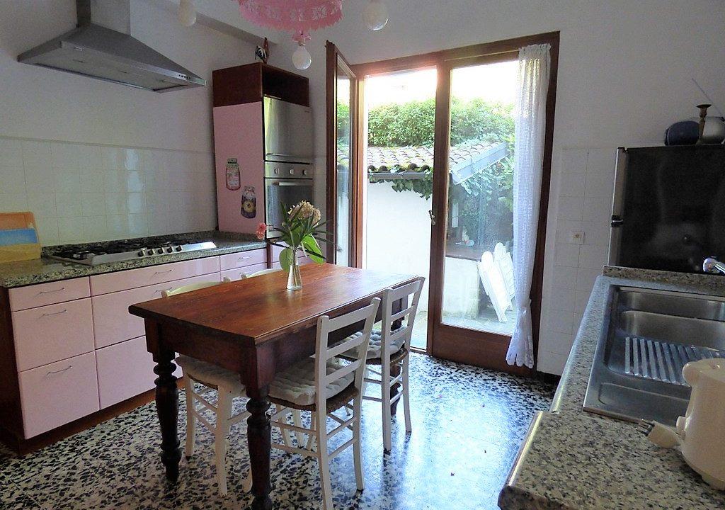 Lake Como Tremezzina - kitchen