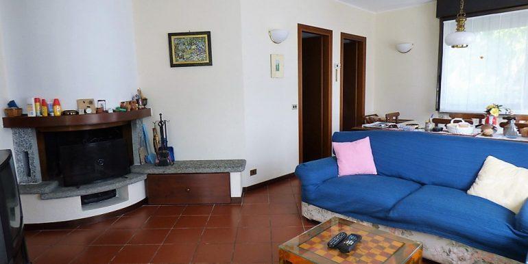 Living room in detached Villa Tremezzo