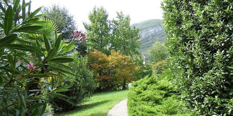 Park with prestigious essences - Villa Tremezzo