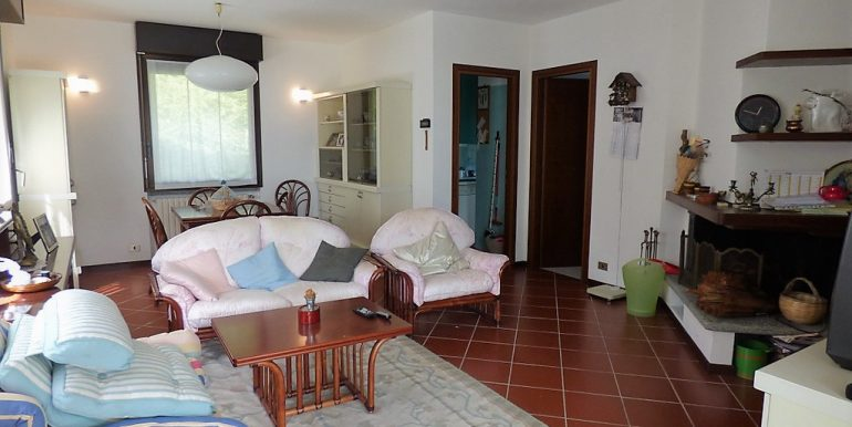 Living room in Detached Villa  with park, terrace and lake view