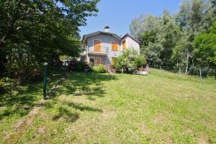 Lake Como Dongo Detached House with Land