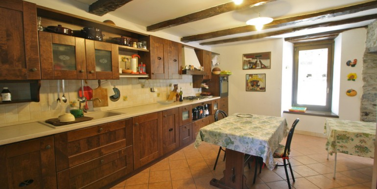 Lake Como Cremia Renovated Rustico with Garden