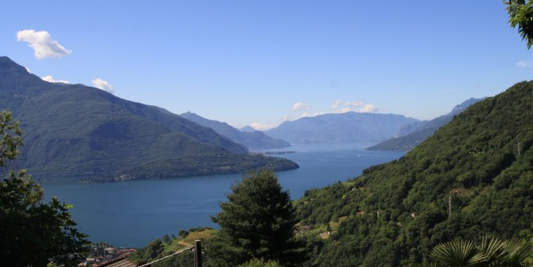 Renovated Rustico with Lake View Vercana Lake Como