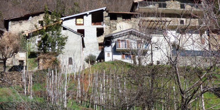 Gravedona ed Uniti House to Renovate