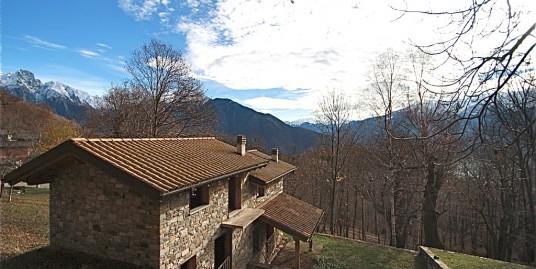 Lake Como Sorico House with Garden
