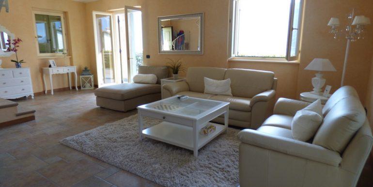 House Tremezzina - Living room