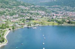 Gravedona ed Uniti Tourist Land Area Front Lake with rustico