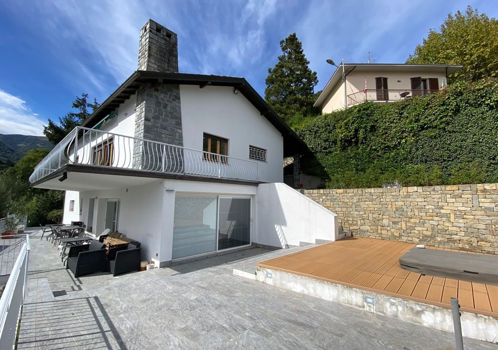 Argegno Villa Lake Como View  - outside