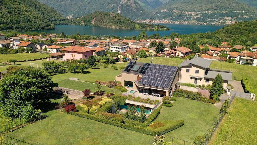 Lake Como Villa with Swimming Pool Colico