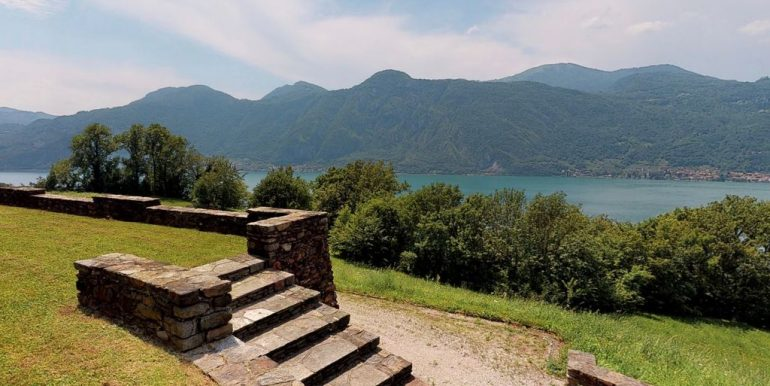 Luxury Villa Lake Como Mandello del Lario - lake view