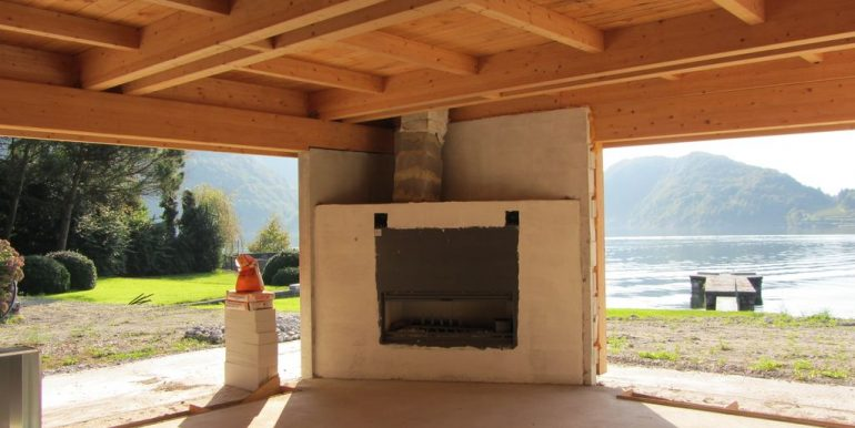 Villas Front Lake Como Colico with Boathouse - fireplace