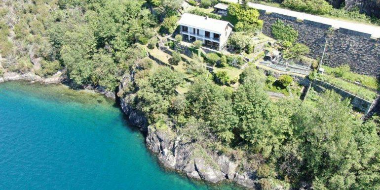 Villa Front Lake Como Dorio with Garden car park