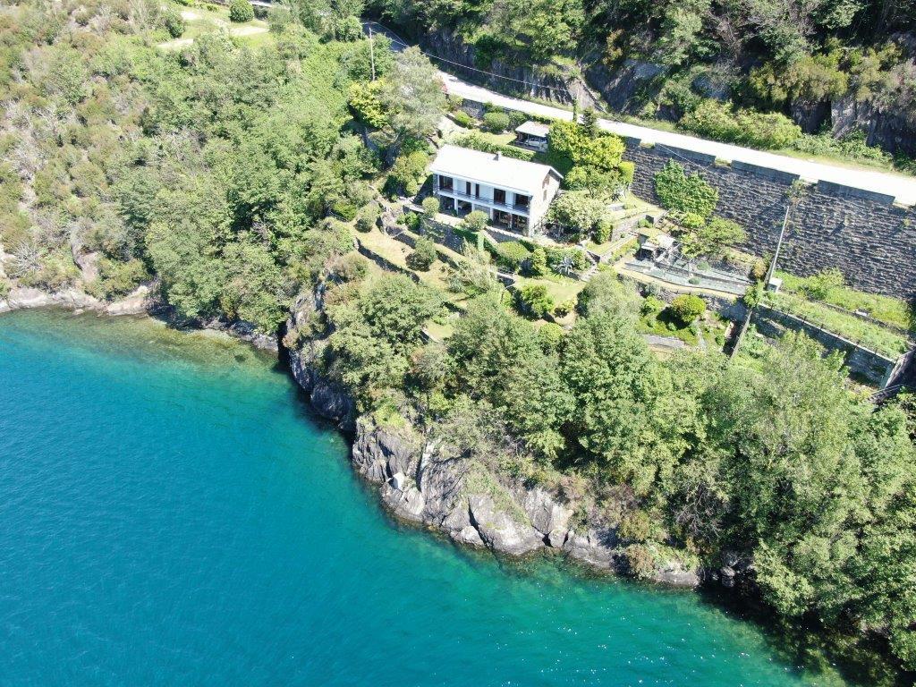 Villa Front Lake Como Dorio with Garden
