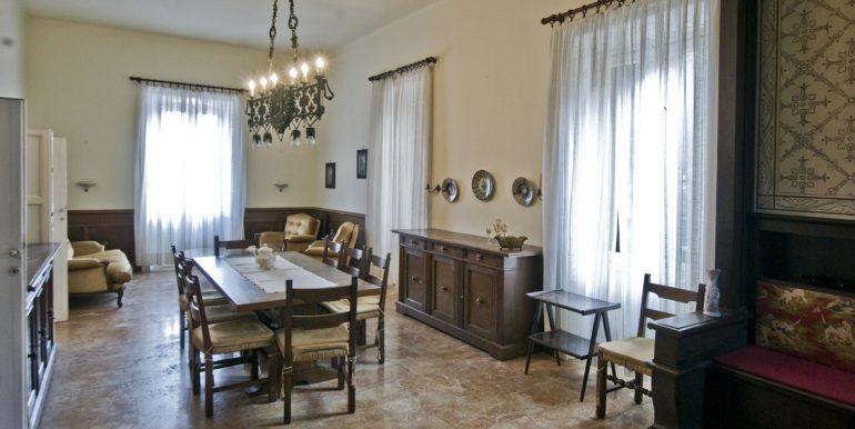 Lake Como Villa Oliveto Lario Front Lake dining room