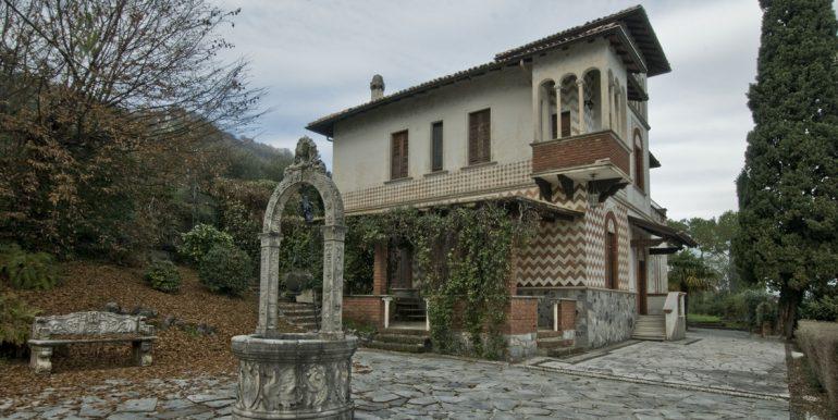Lake Como Villa Oliveto Lario Front Lake - for sale